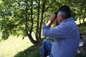 2011, Francis Loquès à l'Entenor. Un petit coup de jumelles
