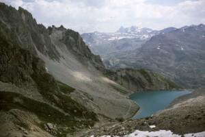 le lac des Béraudes vu du col, 1986