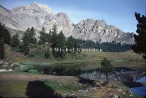 En montant de Ceillac vers le Col Girardin, le lac Miroir, 1983