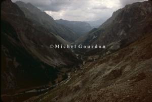 la vallée de Maurin vue du Col Girardin, 1983