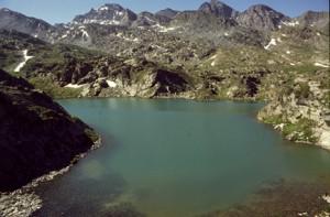 le lac de Bès