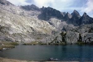 1986, le lac Balaour (2364m) et le Mont Colomb (2816m)
