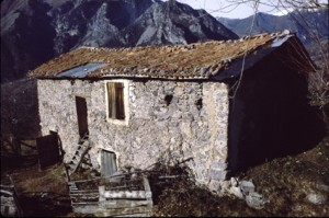 Belvédère, bâtiment rural couvert de tuiles