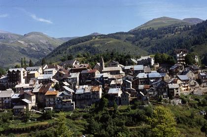 Beuil, le village
