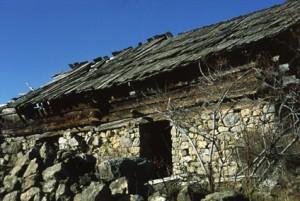 Beuil, grange au quartier d'Ars