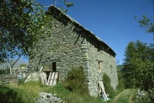 Beuil, maison rurale à Bergians