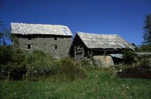 Beuil, maison rurale et grange à Bergians