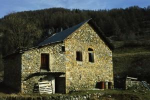 Beuil, maison rurale à St-Génié