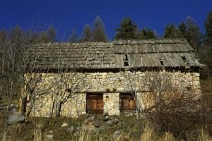 Beuil, maison et grange au Rivet