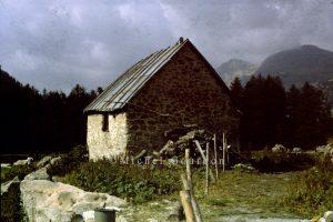 Entraunes Cabane de Sanguignaire A2-002
