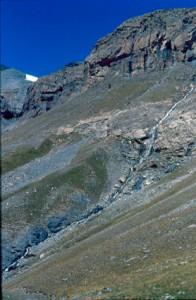 Cascade de l'Adous, Péone