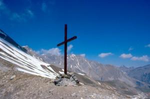 le croix du col de Crous, Péone