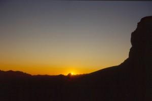 le lever de soleil sur le col de Crous, Péone 1994