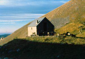 Roubion cabane de Sadour 1981 A1-559