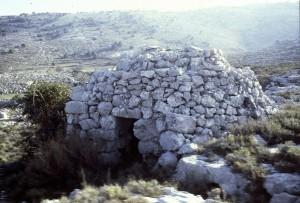 cabane 7020, Calern, 1977