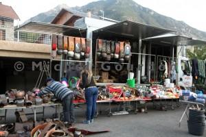 Guillestre, les marchands de sonnailles italiens (2014)